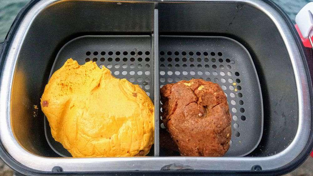(左)エサ持ちイエロー (右)荒食いブラウン